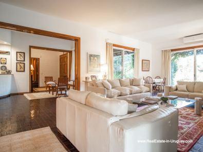 Living of Large Property in the El Golf Area in Punta del Este