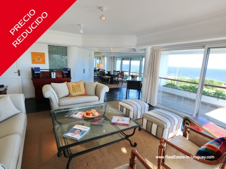 Living Room of Penthouse with Ocean Views on Brava in Punta del Este