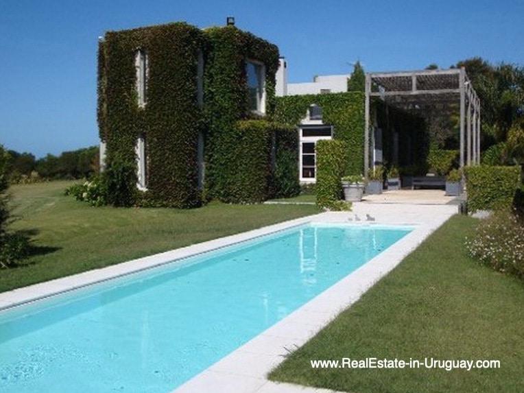 Pool of House on the Beach near Punta Ballena