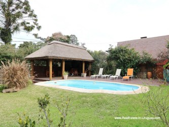 Pool and Garden of Family Home on the Mansa Beach in Punta del Este