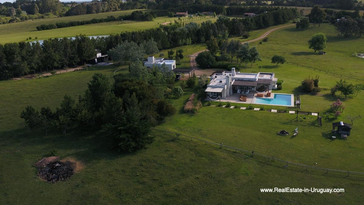 Country House in Jose Ignacio with Lagoon Views