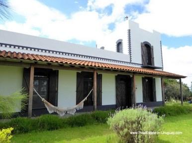 Historic Renovated Farm House by Pueblo Eden