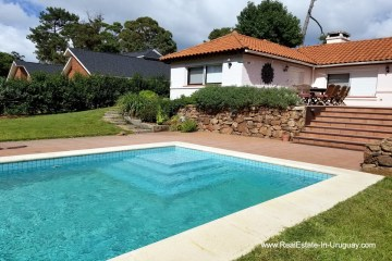 Pool of Home in Central Location in Punta del Este