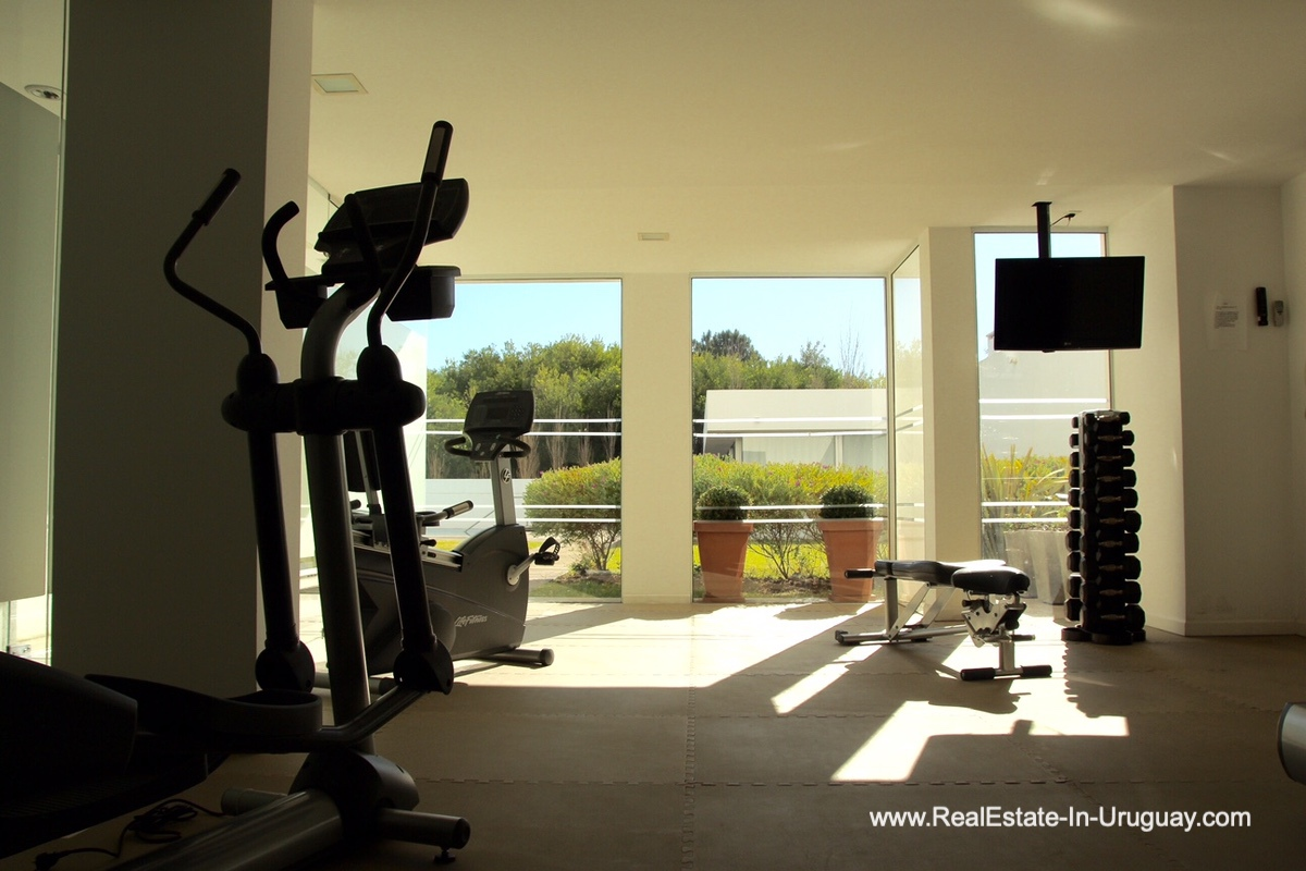 Gym of Apartment opposite the Ocean in Punta del Este