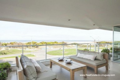 4905 Tasteful Apartment opposite the Ocean in Punta del Este - Terrace