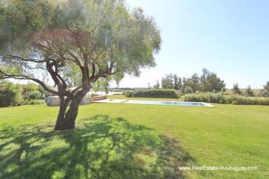 Garden of Excellent Home in Pueblo Mio by the Golf Course La Barra