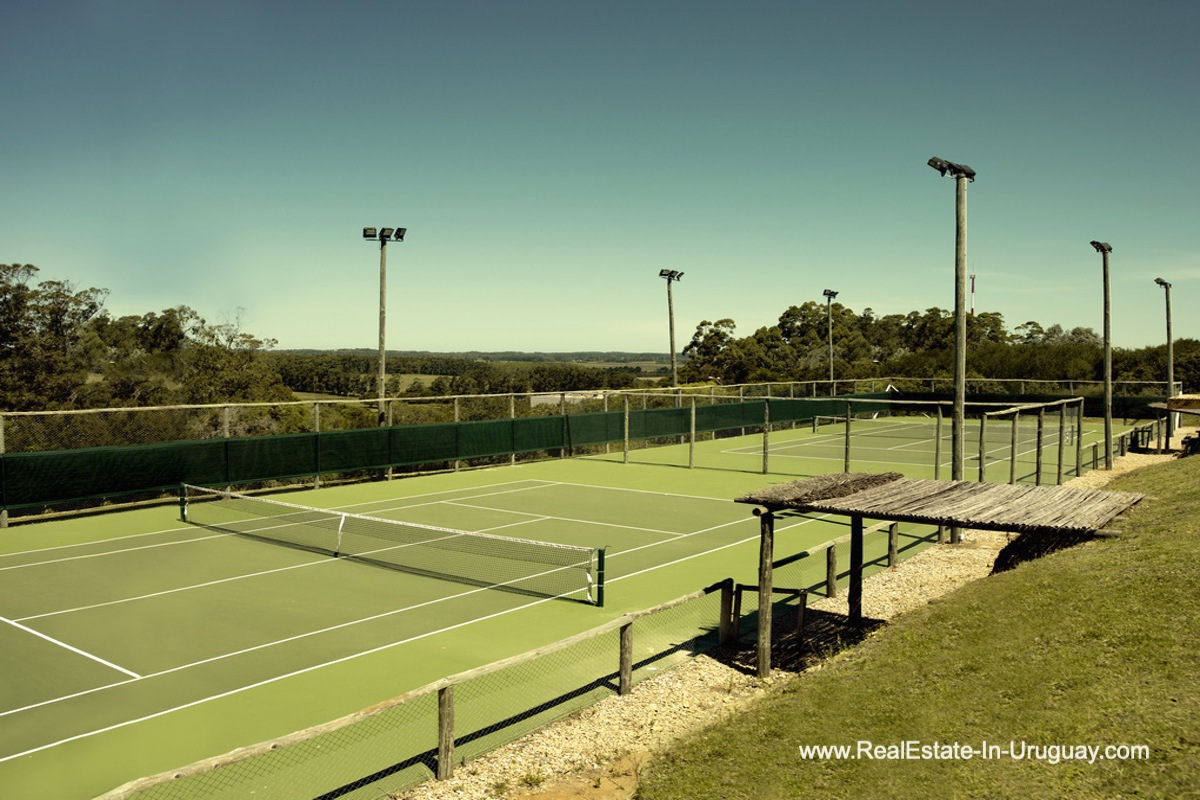 Tennis of Exclusive Plot within Fasano near La Barra