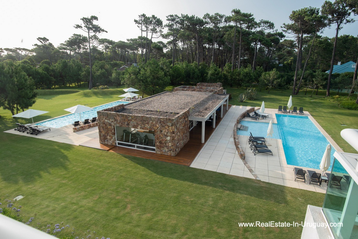 Pools of Spacious Apartment on the Brava in Punta del Este