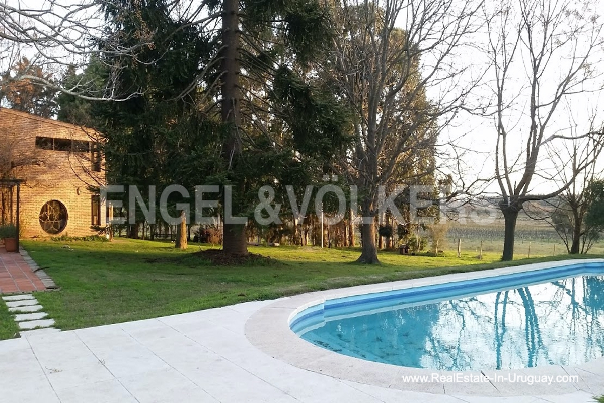 Pool of Farm with Organic Garden near Wineries in Canelones