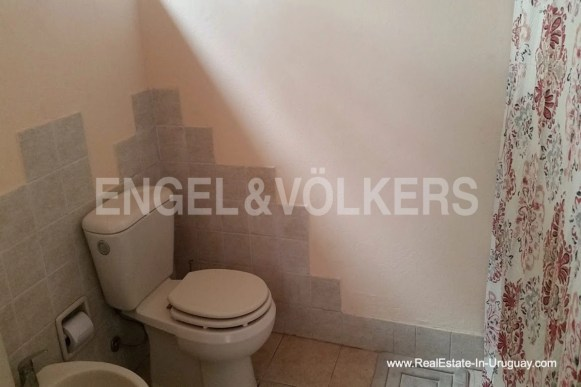 3255 Farm with Organic Garden near Wineries in Canelones - Toilet