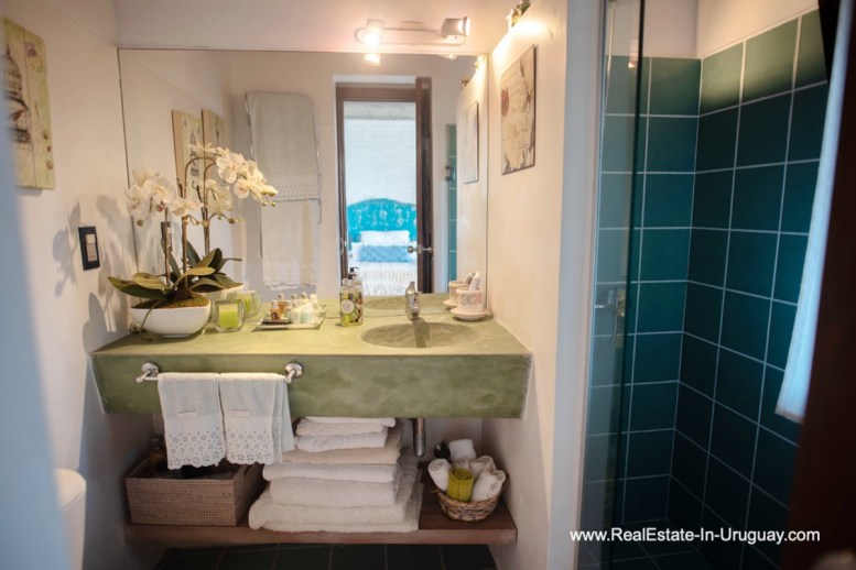 Guest Bathroom of House on a Double Lot with Sea Views in Punta Ballena