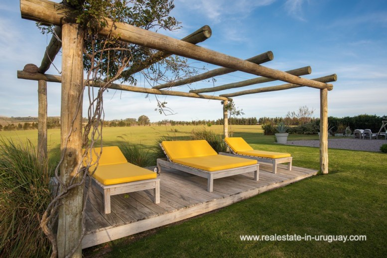 Sitting area of Country Home near Laguna del Sauce by Punta del Este