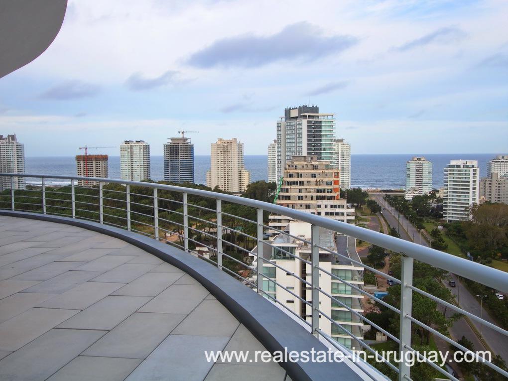 Terrace of Penthouse in Central Location in Punta del Este