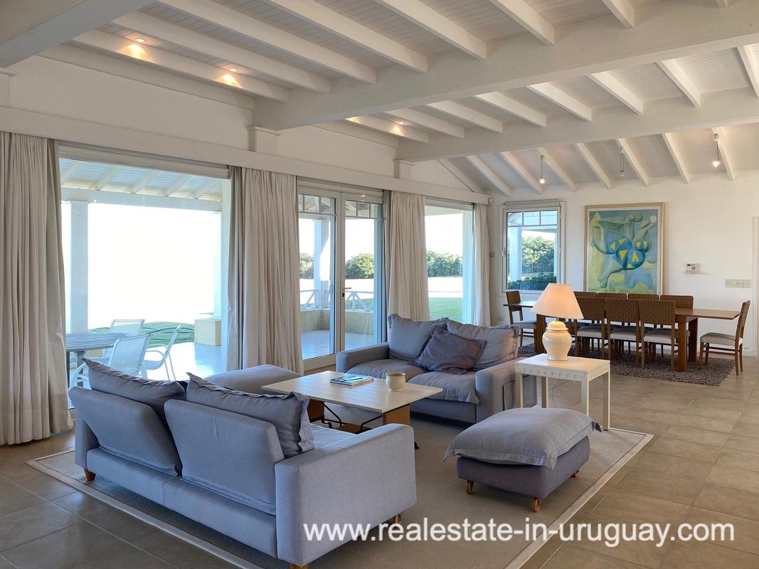 Living Large Oceanfront Villa in Punta Ballena