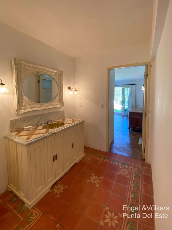 4925 Italian Villa in EL Golf Punta del Este - Guest bathroom4