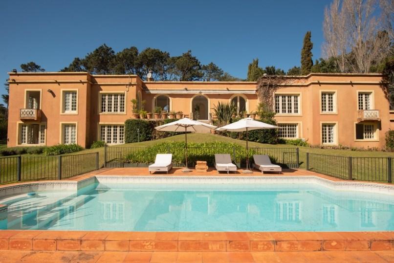 House and Pool of Villa in EL Golf Punta del Este