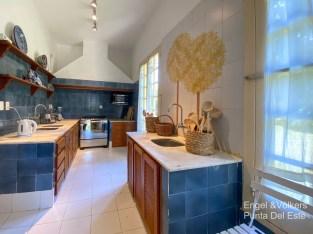 4925 Italian Villa in EL Golf Punta del Este - Kitchen