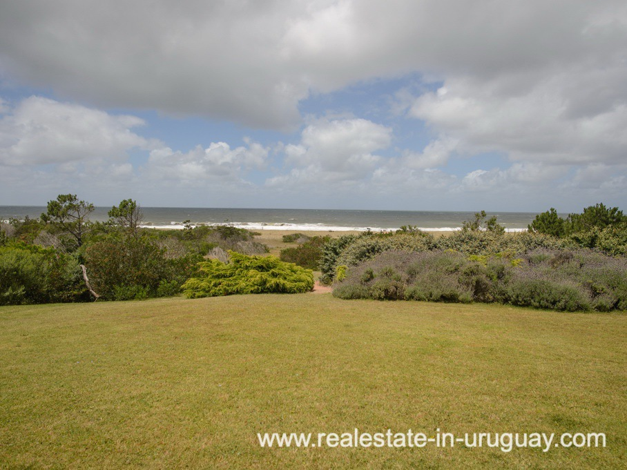 Views of Beach Property in La Carolina