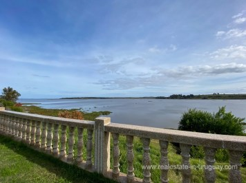 6854 Modern House on Laguna del Sauce - View