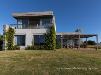 House of Modern Country Living in the El Quijote Gated Community