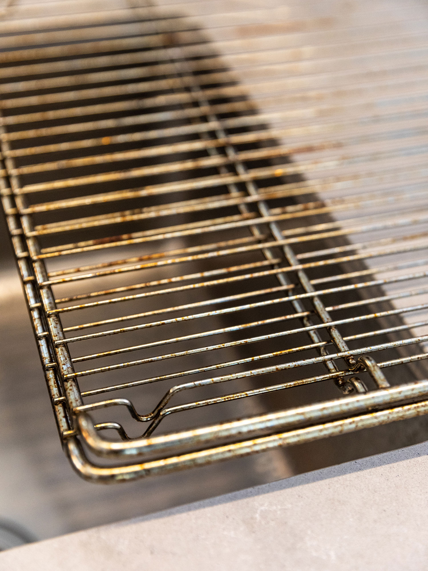 to clean your oven racks