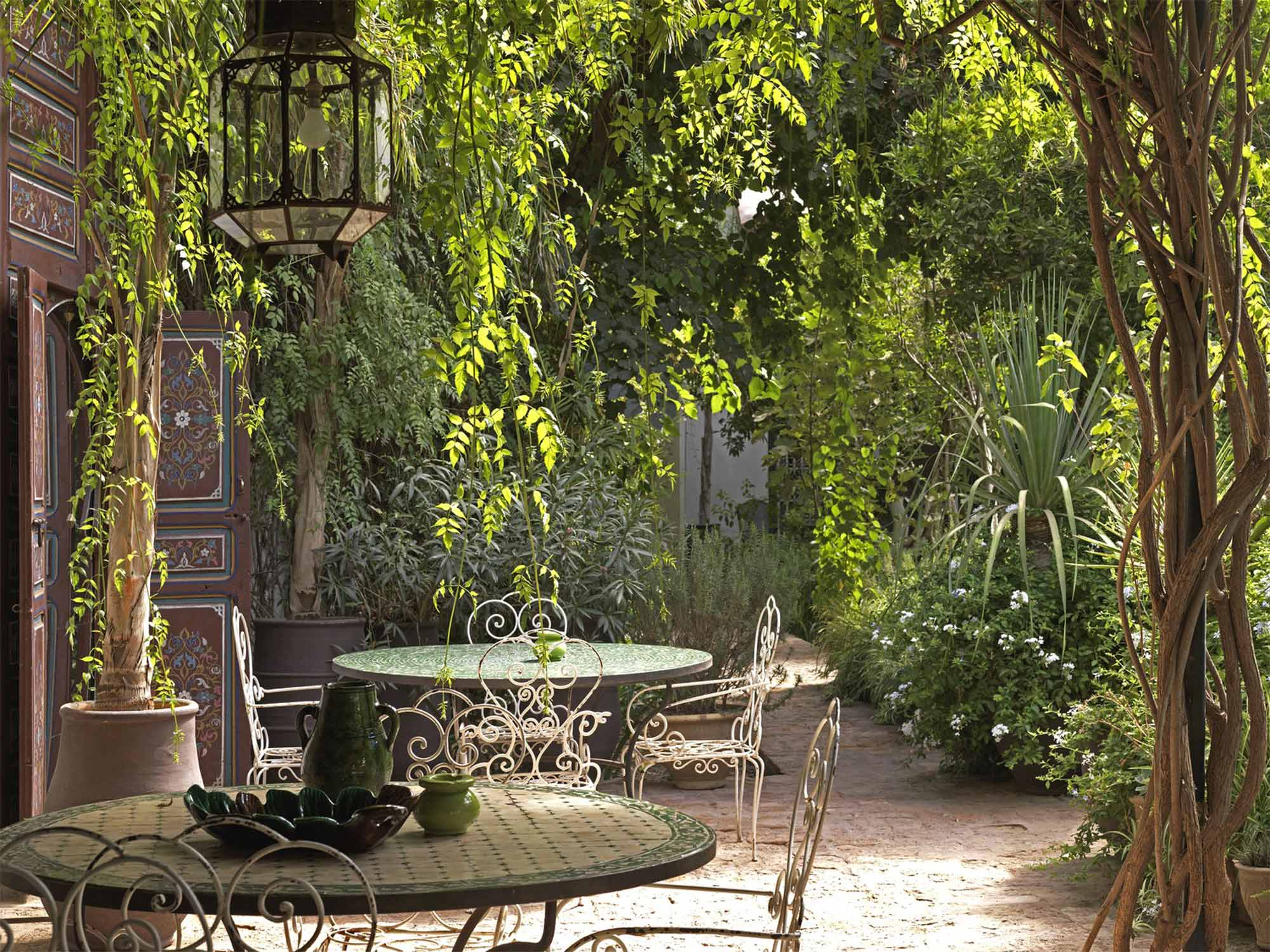 Cool Courtyard Ideas for Your Outdoor Area - realestate.com.au on Courtyard Patio Ideas id=57637