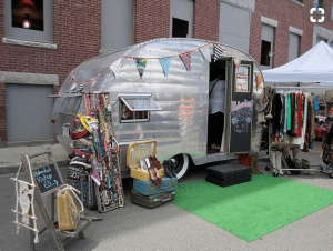 Mobile Vintage Clothing shop