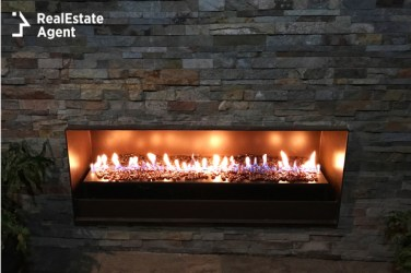 Indoor gas fireplace