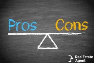 pros and cons balance concept