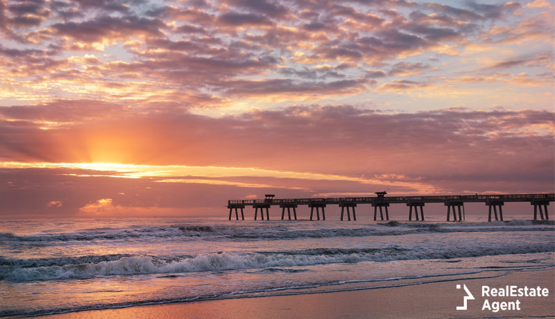Sunset view of pier in Jacksonville Beach