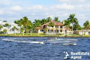 cape coral boat in waterfront property