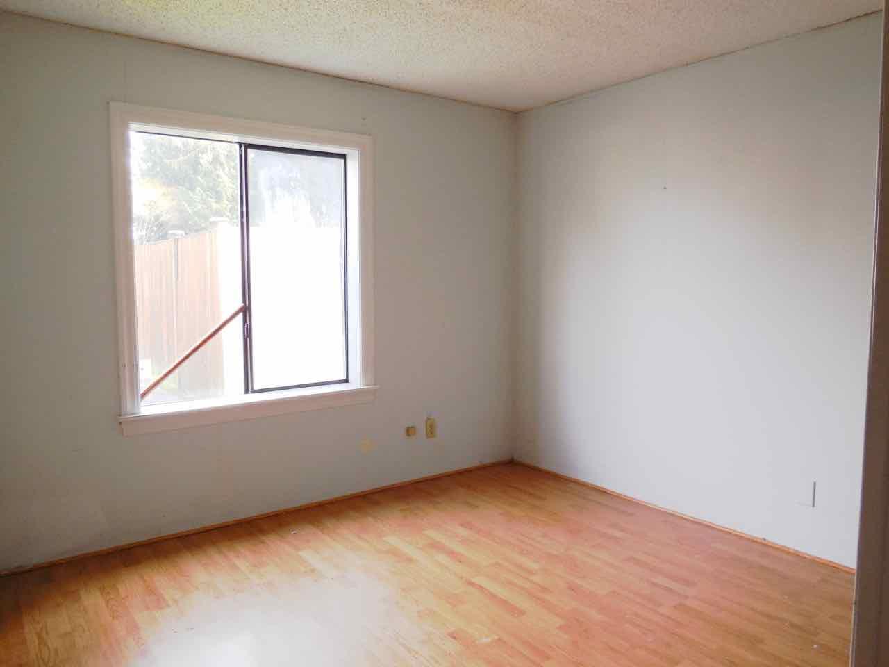 561-820190 bedrooms (1)