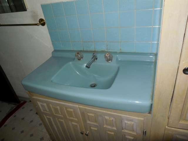 main-bath-561-881695-2