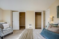 bedrm-master-closets