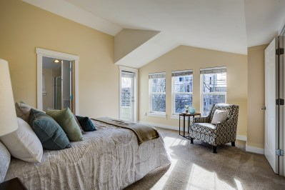 bedrm-master Laurie Way Announces | Ballard Townhome | 2654 NW 56th St