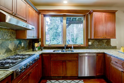 kitchen Laurie Way Announces | Dumas Bay - Federal Way | 2824 SW 302nd Place, Federal Way WA 98023