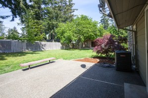 backyard-patio1 Laurie Way Announces | Des Moines Multi-Level Home with Large Yard!