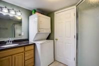 bathrm-laundry1