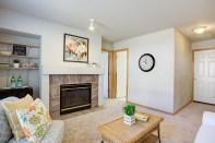 familyrm-fireplace-garage-door Laurie Announces: Lynnwood Tri-Level