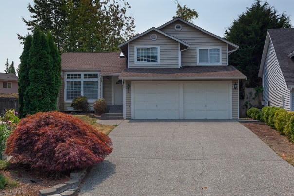 house-front2 Laurie Way Announces | Everett Tri-Level | 6 109th Place SE, Everett WA 98208