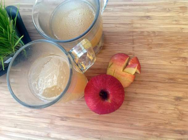Apple Detox Juice