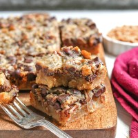 Paleo Magic Cookie Bars