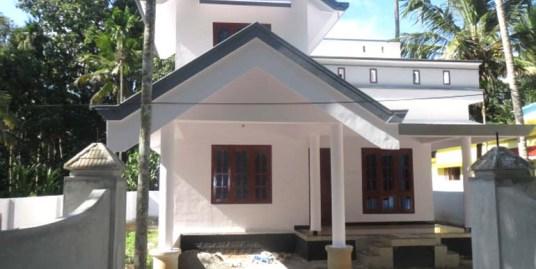 House for sale at Kollakadavu
