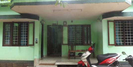 LAND AND HOUSE FOR SALE AT ERNAKULAM DIST.