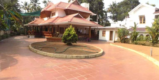 POSH VILLA FOR SALE AT THRISSUR DIST.
