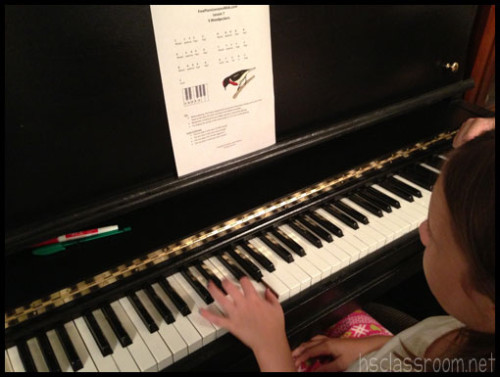 playing piano with FreePianoLessons4Kids.com