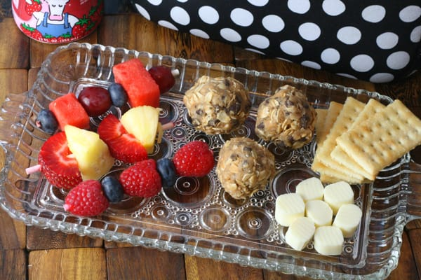 A Protein-Packed Lunch Option: No Bake Energy Balls