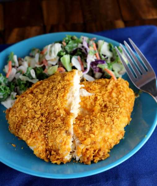 Having difficulty finding a gluten free option for coating meat? Check out this quick and delicious Gluten Free Crunchy Cheese Crusted Chicken Recipe!