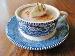 Homemade Cinnamon Caramel Hot Chocolate Recipe