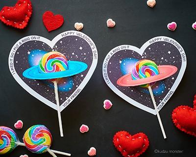 Saturn Valentine Cards with Suckers